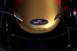 Scuderia Toro Rosso, nose