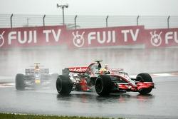 Lewis Hamilton, McLaren Mercedes, Mark Webber, Red Bull Racing