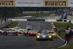 #27 Lista Doran Racing Maserati MC-12-C: Didier Theys, Fredy Lienhard, Andrea Bertolini heads to pace laps