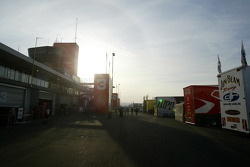 Bathurst Pits early morning