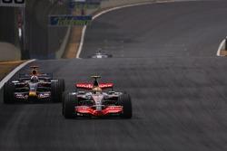 Kazuki Nakajima, Williams F1 Team, Rubens Barrichello, Honda Racing F1 Team