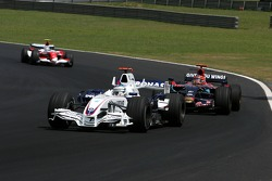 Nick Heidfeld, BMW Sauber F1 Team, Vitantonio Liuzzi, Scuderia Toro Rosso