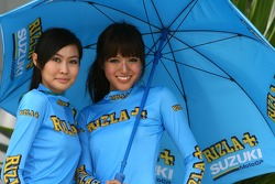 Rizla+ Suzuki girls