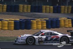 #36 AMG Mercedes Mercedes CLK LM: Jean-Marc Gounon, Christophe Bouchut, Ricardo Zonta