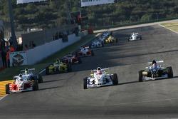 Henry Arundel, Fortec Motorsport and Sebastian Saavedra, Eifelland Racing
