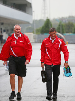 John Booth avec Graeme Lowdon, Manor