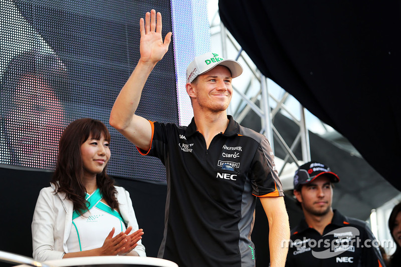 Nico Hulkenberg, Sahara Force India F1 and team mate Sergio Perez, Sahara Force India F1 on the fans stage