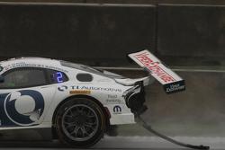 Damaged car of #33 Riley Motorsports SRT Viper GT3-R: Ben Keating, Jeroen Bleekemolen, Sebastiaan Bleekemolen