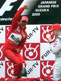 Podium: race winner and 2000 World Champion Michael Schumacher, Ferrari, second place Mika Hakkinen, McLaren