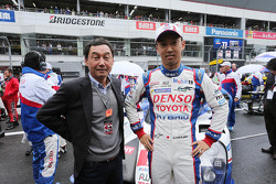 Казуки Накаджима, Toyota Racing со своим отцом Сатору Накаджима