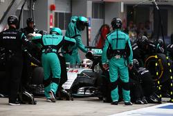 Arrêt aux stands de Lewis Hamilton, Mercedes AMG F1 W06
