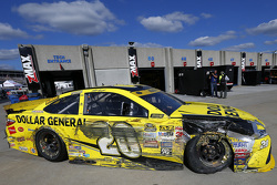 Matt Kenseth, Joe Gibbs Racing Toyota, nach einem Crash in der Garage