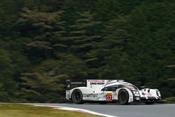 #17 Porsche Team Porsche 919 Hybrid: Тімо Бернхард, Марк Веббер, Брендон Хартлі