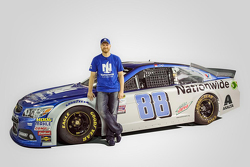 Dale Earnhardt Jr. with the 2016 Nationwide paint scheme