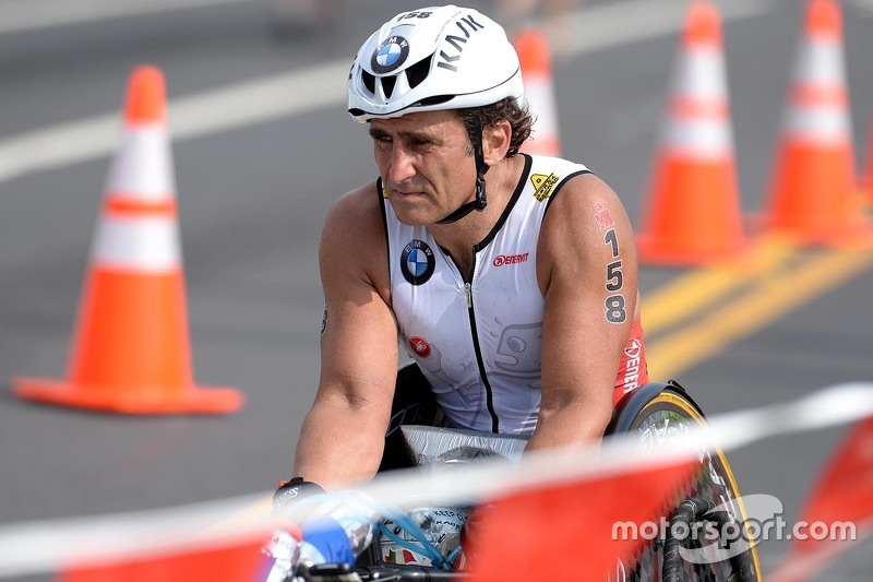 Alex Zanardi in Ironman Hawaii
