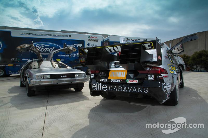 Prodrive Racing mit Sonderdesign