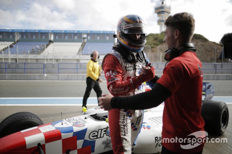 Polesitter Oliver Rowland, Fortec Motorsports