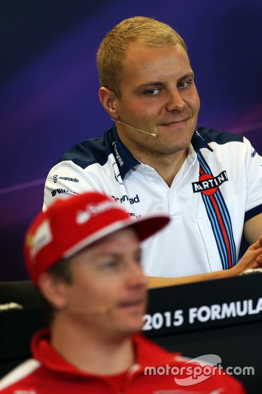 Valtteri Bottas, Williams en Kimi Raikkonen, Ferrari in de FIA persconferentie