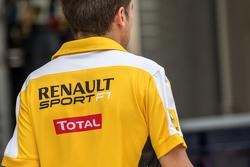 Сотрудник Renault Sport F1