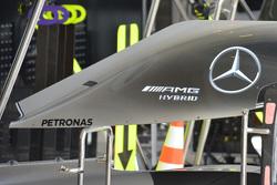 Cofano motore con la pinna più piccola della Mercedes W06 Hybrid