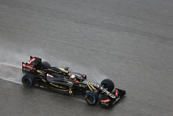 Romain Grosjean, Lotus F1 E23 lors des qualifications
