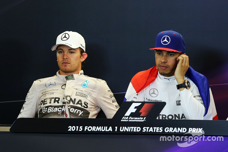 Ніко Росберг, Mercedes AMG F1 та Льюїс Хемілтон, Mercedes AMG F1 на пресс-конференції FIA