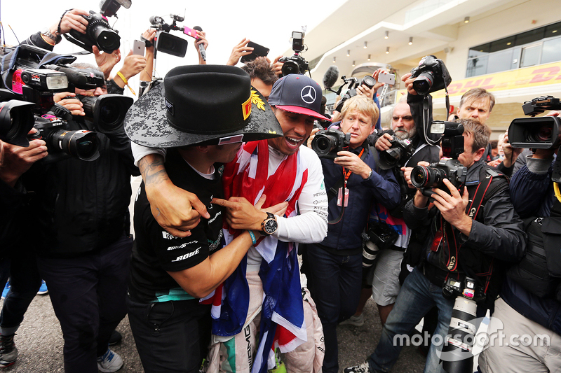 Lewis Hamilton, Mercedes AMG F1 celebrates his World Championship with the team