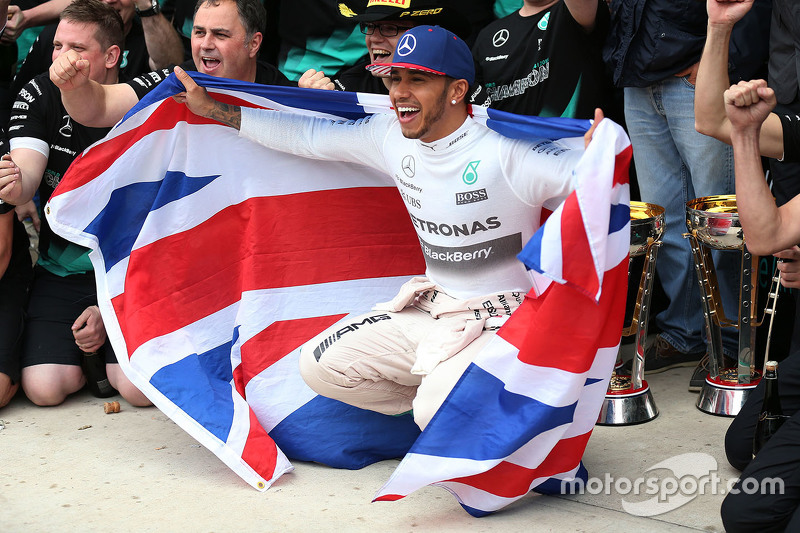 Race winner and World Champion Lewis Hamilton, Mercedes AMG F1 W07
