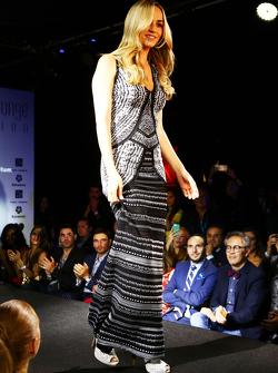 Carmen Jorda, Lotus F1 Team Development Driver di Amber Lounge Fashion Show