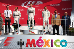 Podium: Race winner Nico Rosberg, Mercedes AMG F1 W06, second place Lewis Hamilton, Mercedes AMG F1 W06 and third place Valtteri Bottas, Williams FW37