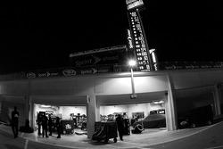 Garage ambiance at night