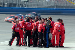 Carl Edwards' crew celebrate victory