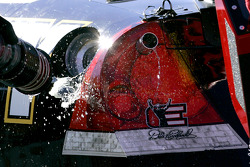 Mark Martin gets a full tank of Sunoco Racing fuel
