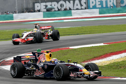 Mark Webber, Red Bull Racing, RB4 and Lewis Hamilton, McLaren Mercedes, MP4