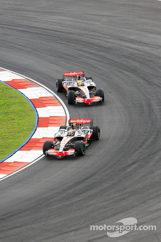 Heikki Kovalainen, Lewis Hamilton (Vodafone McLaren Mercedes)