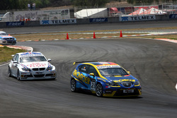 Stefano d'Aste, Proteam Motorsport, BMW 320si and Andy Priaulx, BMW Team UK, BMW 320si WTCC