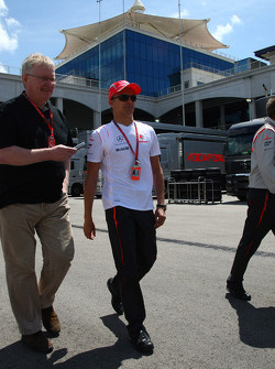 Heikki Kovalainen, McLaren Mercedes gets the