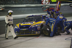 Pit stop for Michael Waltrip