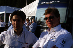 To the right, former Cart-Indy driver Didier Theys