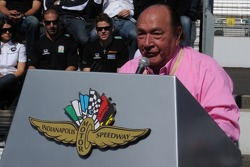 Andy Granatelli giving a speech