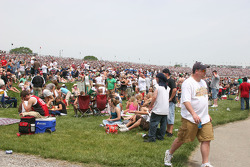 Fans on the viewing mounds