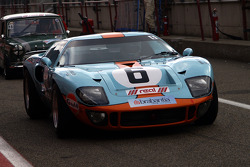 A Ford GT40 in a vintage support race