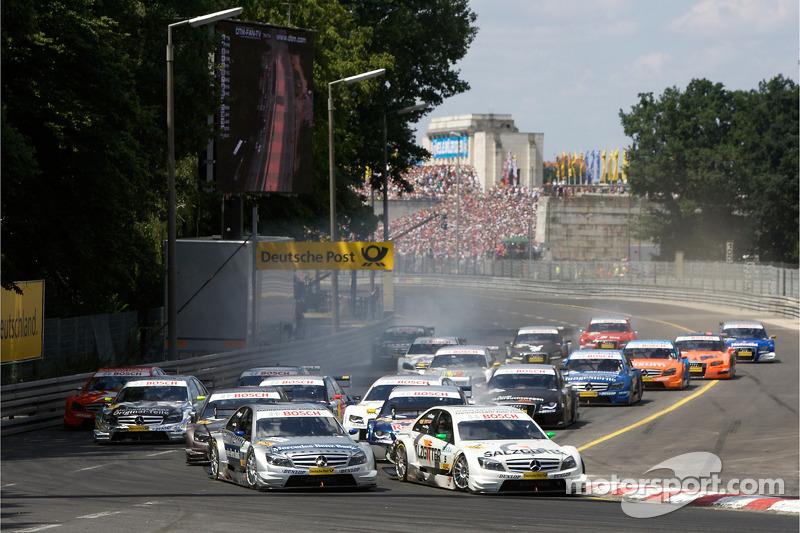 В 2008-м к Mercedes присоединились Пол ди Реста и Джейми Грин. Также спустя 11 лет в Формуле 1 в команду пришел Ральф Шумахер. Ди Реста и Грин выиграли по две гонки