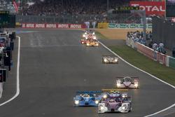 #34 Van Merksteijn Motorsport Porsche RS Spyder: Jos Verstappen, Peter Van Merksteijn, Jeroen Bleekemolen leads #31 Team Essex Porsche RS Spyder: Casper Elgaard, John Nielsen, Sascha Maassen