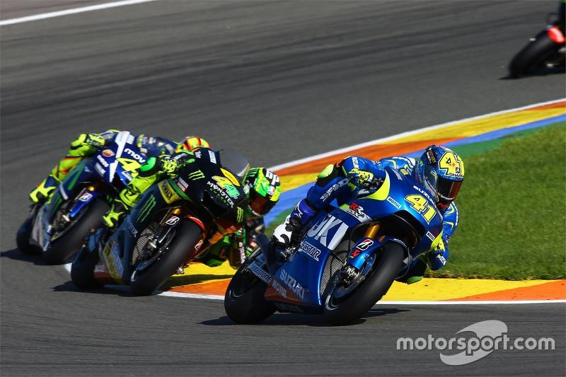 Aleix Espargaro, Team Suzuki MotoGP and Pol Espargaro, Tech 3 Yamaha and Valentino Rossi, Yamaha Factory Racing