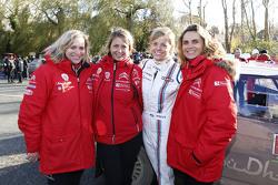Кэрол Баррет, Клеменс Бернард, Марри-Пьер Росси, Citroën World Rally Team и Сьюизи Вольф