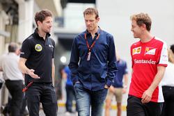 (L naar R): Romain Grosjean, Lotus F1 Team met Alex Wurz, Williams Driver Mentor / GPDA-voorzitter e