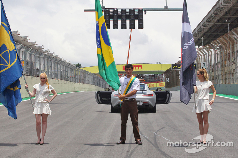 Grid girls and boys