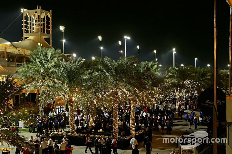 Das Fahrerlager in Bahrain
