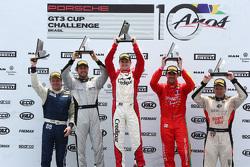 Pódio da bateria final da Porsche GT3 Cup em São Paulo